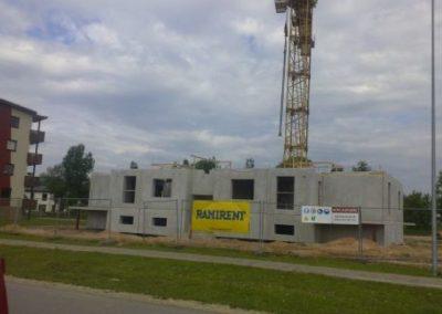 Dzērveņu 9. Pirmā stāva būvniecība, 2013.gada maijs